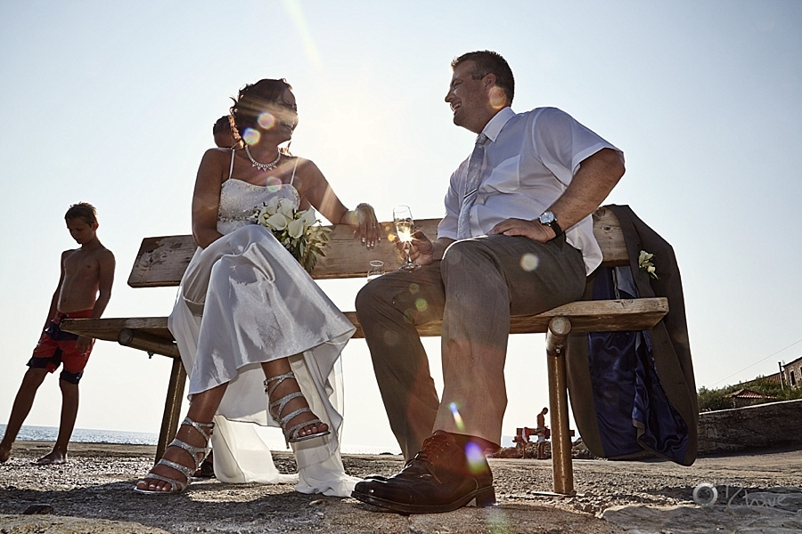 fun-wedding-photography-greece