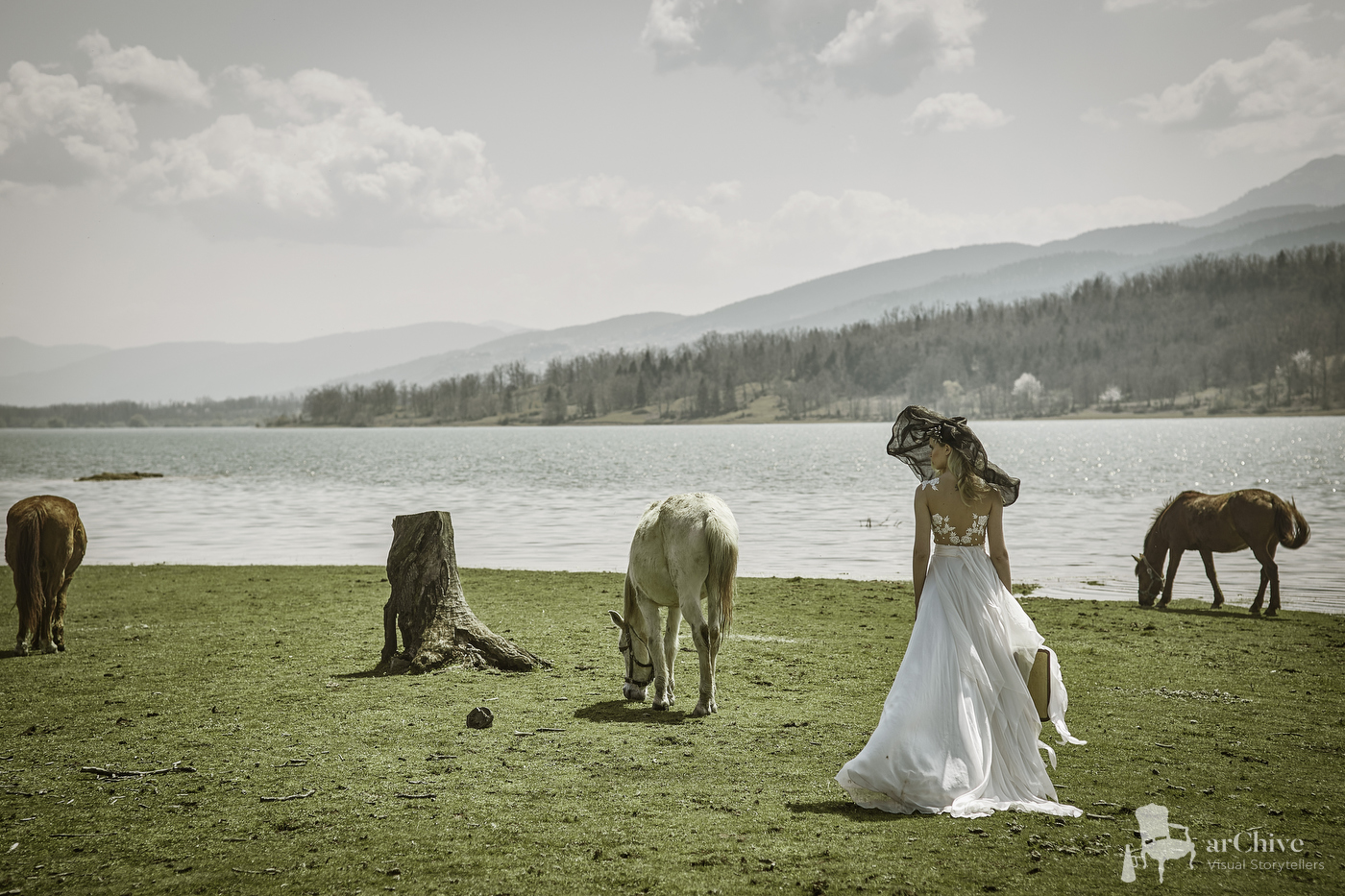wedding photographer lake plastira